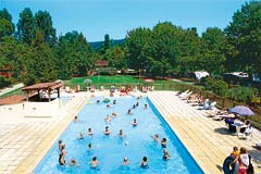 Camping piscine chauffée Sarlat Dordogne