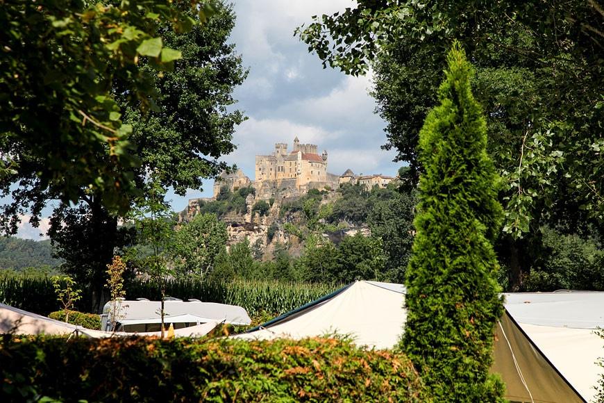 Camping Les 2 Vallees - Panorama sur le Château de Beynac depuis le camping