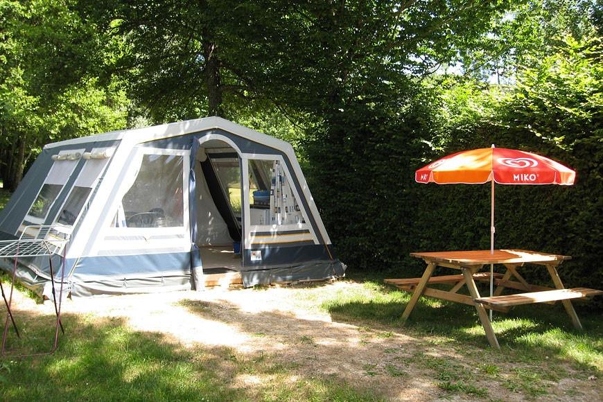 slide-tentes-meublees-01
